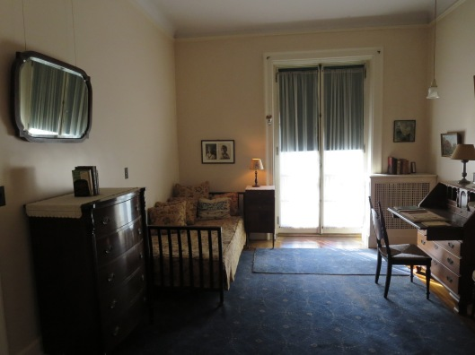 Eleanor's room.  Two things strike me: the simplicity/plainness of the furnishings.  And also, the fact that this room was sandwiched between FDR's room and his mother's bedroom.  Very telling.