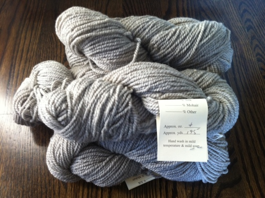 mmmmm....silvery aran weight cormo from Foxhill Farm. a sweater, perhaps?